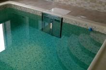Где выбирать материалы для обустройства плавательных бассейнов?