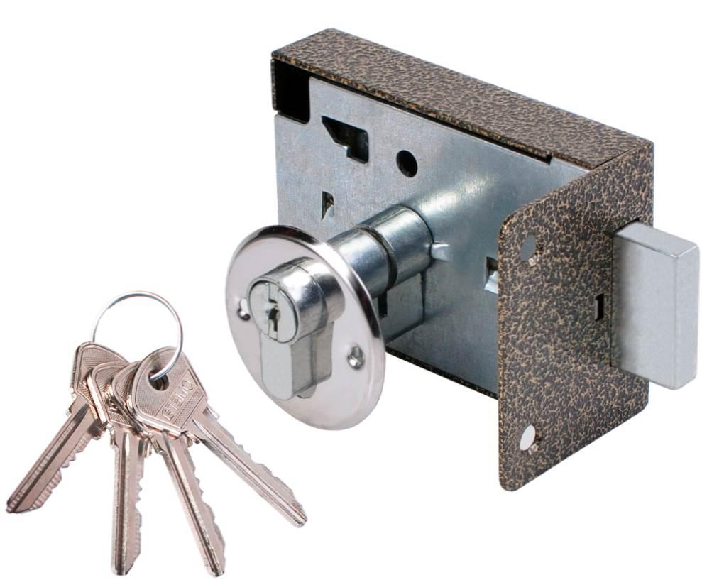 Как открыть замок, если нет ключа?