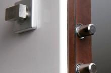 Что делать, если нужен ремонт дверных замков в спб?