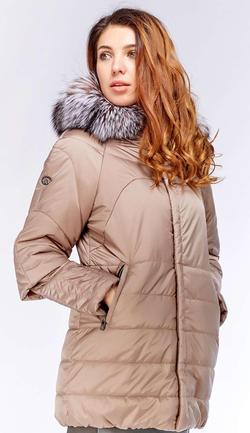 Модная удлиненная женская куртка с мехом и капюшоном