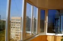 Остекление балконов конструкциями из ПВХ