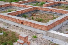 Как выбирать тип фундамента для дома?