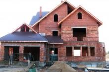 Какой компании стоит заказать строительство дома?