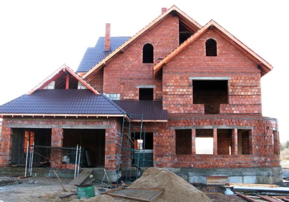 Какие элементы зданий и сооружений усиливаются углеволокном?